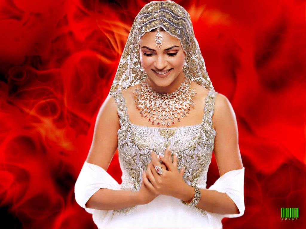 http://4.bp.blogspot.com/_RB1mi0IgJEw/TUWBuVokkeI/AAAAAAAAAK0/ULvfinunqX4/s1600/Best-Indian-Wallpaper+Indian_Beauties_1.jpg