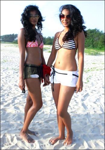 Flat chested naked thai girls