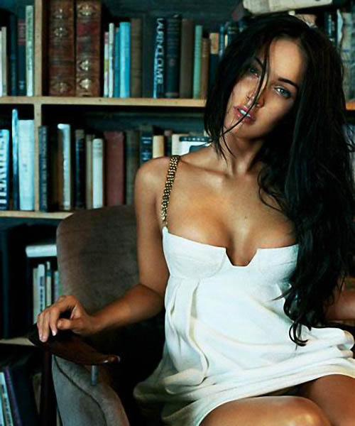 According to Hollywood actor, Megan Fox, corsets should return