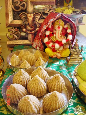 [muskaan+shah-+Churma+Ladoo_Modak+for+Ganesha+(+Healthy+Whole+Wheat+&+Jaggery+Balls)]