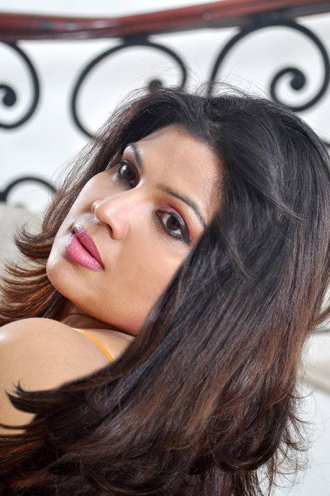 Srilankan Teledrama Gaga addara Producer Sudharma Neththikumara sexy photo