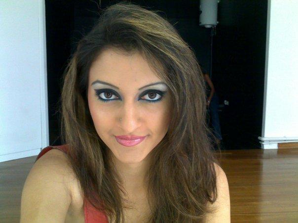 Girls: Sri Lankan Super Model Tharushis Cute Photos
