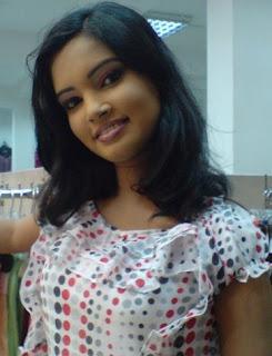 Srilankan Lovely model Chami Dilrukshi sexy photos