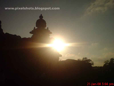 mahabalipuram-shore-temple,old-indian-temples,tamilnadu,south-india-tours,rock-temples,sunset