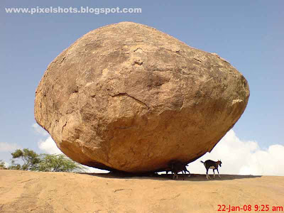 huge+rock+called+as+krishnas+butter+ball