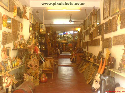 photograph of antiques inside an antiques shop in mattancherry jew town