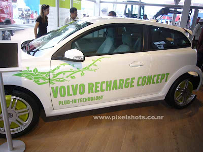 electric car from volvo,latest electric car concept photographed from volvos autoshow at cochin india, electric engines charged with dynamos, new concept car model from volvo, concept cars exhibited in Indian auto show,electric car photos,Dissected electric car bonnet, showing electric car engine and working, Green Cars
