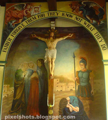jesus nailed on cross,paintings inside churches,wall paintings,inside santacruz baslica,death of jesus,final words of Jesus before death
