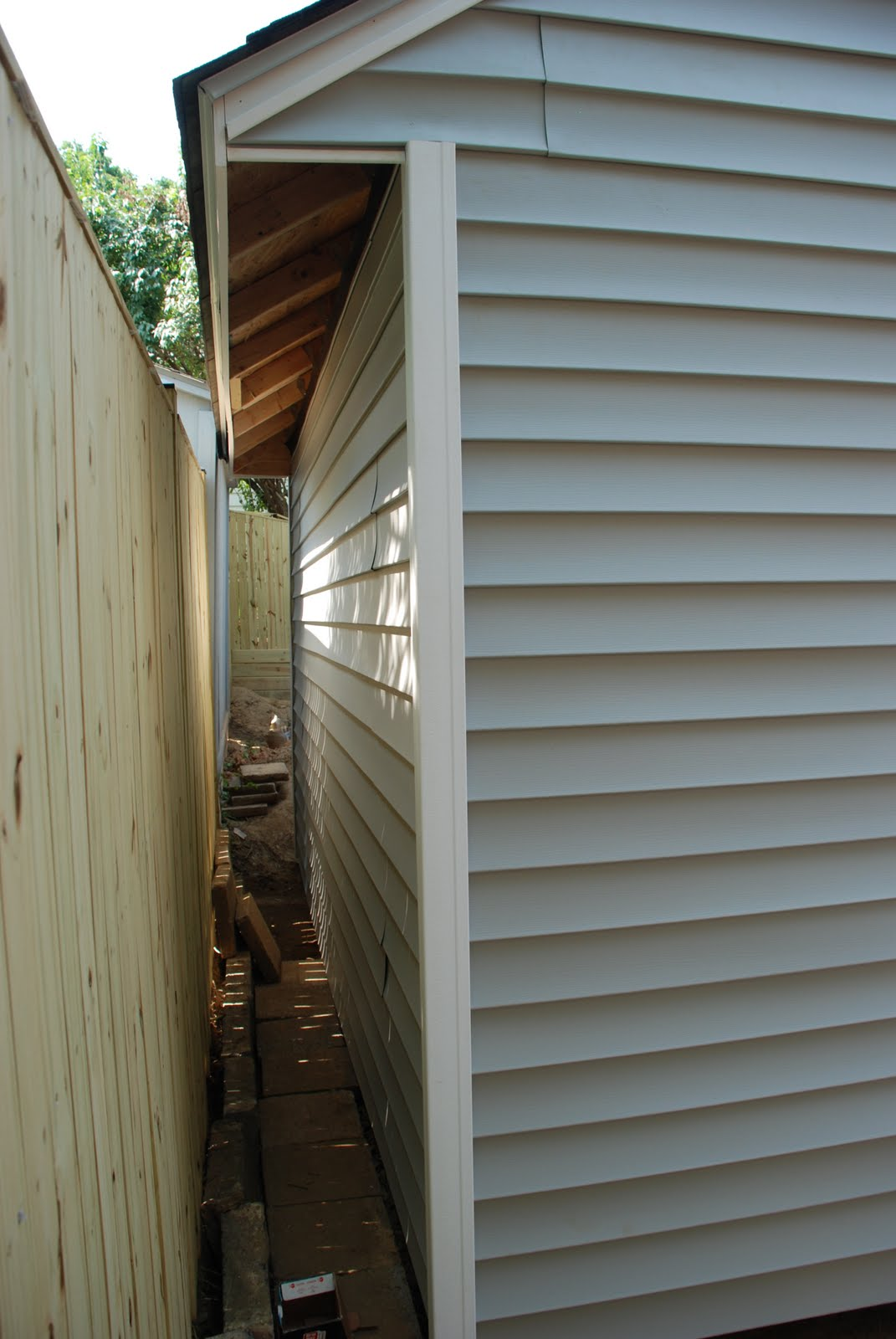 Diy how to install vinyl siding - S Used The Tin Snips We Bought For The Sun Room Renovation To Cut The Vinyl Siding