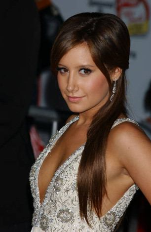 This is my life, you come with me? - Ashley's relationships Ashleytisdale
