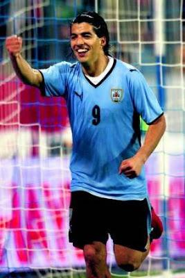 Luis Suarez Goleador Mundial 2009 - Figuras del Mundial Sudafrica 2010