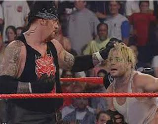 Jeff Hardy vs Undertaker 3b