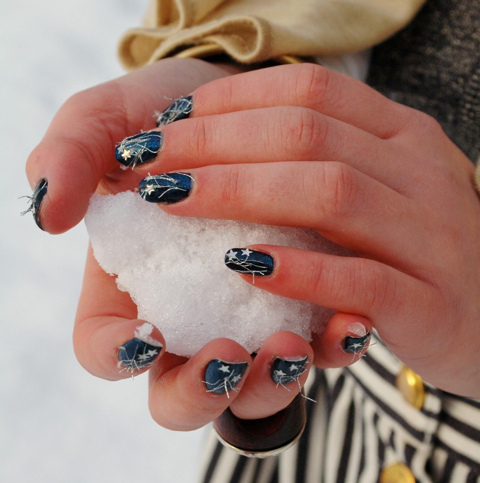 09 12 2010 Nail Art Fashionisaparty Fashionisaparty