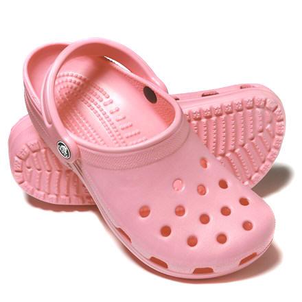 [Pink+Crocs]