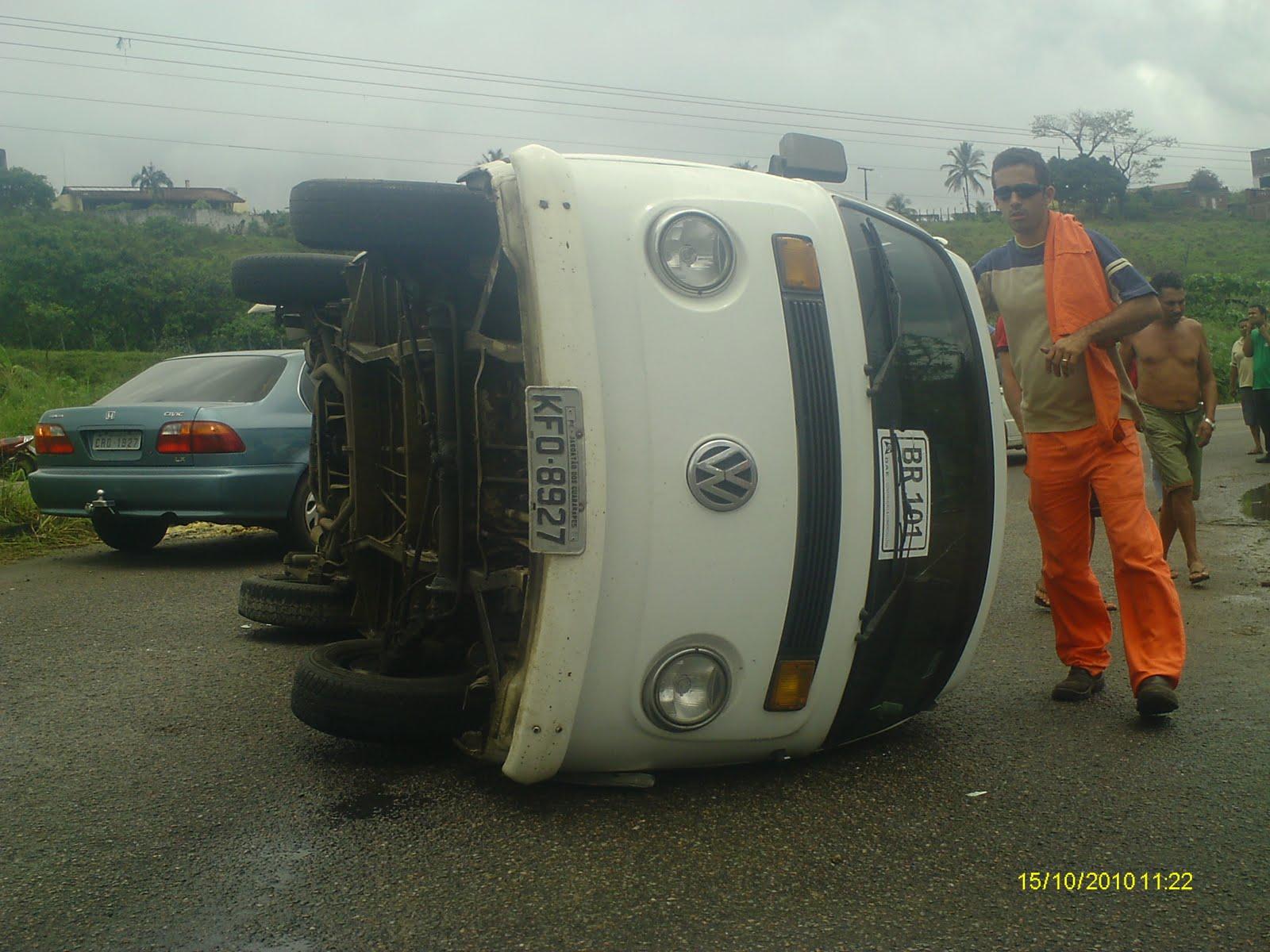 http://4.bp.blogspot.com/_RGdFG-Im9k0/TLh5zyMyIdI/AAAAAAAAbcQ/9kTDyIcX2Bo/s1600/wesley+acidente+viaduto+021.jpg