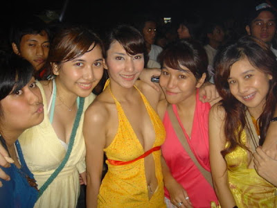 Foto Ungu Band on Tyas Mirasih  Party  Foto Artis Indonesia  Foto Artis
