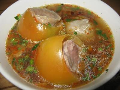 http://4.bp.blogspot.com/_RIggOFQGChQ/S64YDf_OHdI/AAAAAAAAAi0/JtqNcWKtP2s/s1600/bakso_tomat.jpg