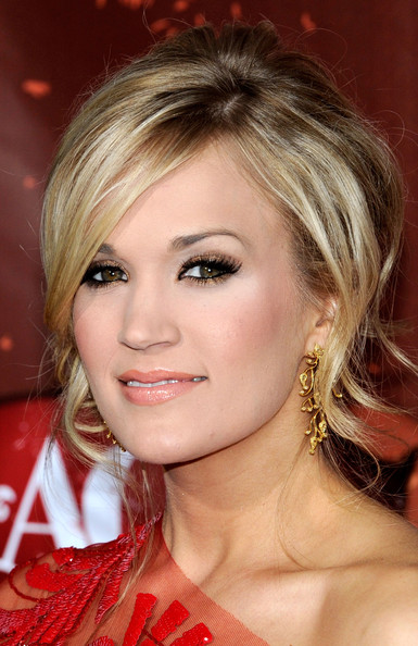 carrie underwood make up