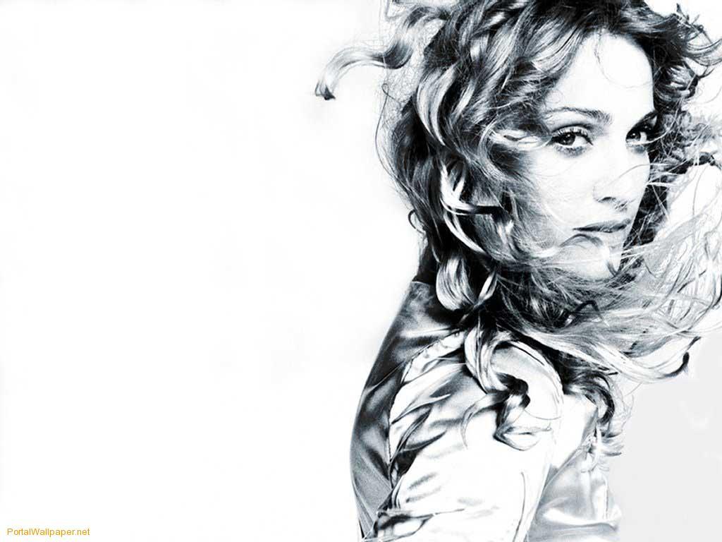 http://4.bp.blogspot.com/_RQrd_HjlUq8/Sw2_tdxPPZI/AAAAAAAAAH4/fWkmzotDLeM/s1600/Madonna-wallpaper-06-1.jpg