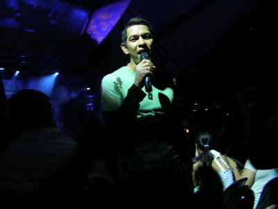 Gary Valenciano at Eastwood City