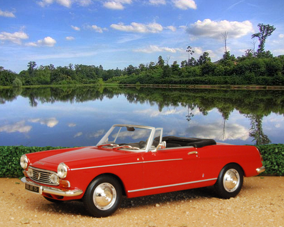 Peugeot 404 Cabriolet (the model is a 1:43 by Minichamps).