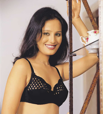 Desi Model in Sexy Lingerie Photoshoot