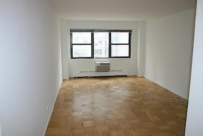 Midtown East Studio Apartment Available Empty Apartment