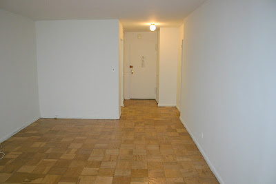 MIDTOWN EAST STUDIO APARTMENT AVAILABLE Empty Apartment