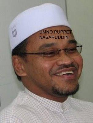 gambar logo umno. Mahathir is the cobra who