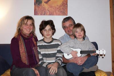 Tims Eltern kämpfen für den Besuch einer regulären Grundschule & Ein ganz besonderer Raum, Behinderung Handicap, deutsch, Deutschland, Down Syndrom, Down-Syndrome, Extrachromosom, Kind, Krankheit Gesundheit Medizin, Trisomie 21,