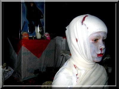 Mumie, Halloween, Schminke, Maske, Kostuem