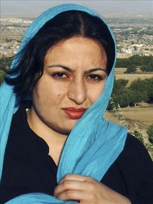 Ameneh Bahmani, Mayid Movahedi,Iran, Blindheit durch Säure als Strafe für absichtlich durch Säure verursachte Blindheit