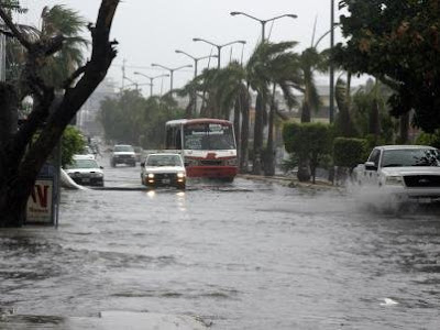 Hurrikansaison 2009 Pazifik aktuell: Tropische Depression E-1 verursacht Schäden in Mazatlán, Sinaloa, Mexiko, Katastrophen, Atlantik, Sturm, Urlaub, Natur, Klima Mexiko, Webcams Mexiko, Wetter Mexiko, Hurrikansaison 2009,