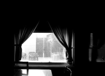 Das Schussloch im Fenster des Geisterzuges, Ghost Train, tren fantasmal, Bahnhof, Eisenbahn, Eisenbahnmuseum