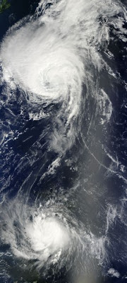 Atlantik aktuell: Extratropischer Sturm DANIELLE, Hurrikan EARL (jetzt Kategorie 4) mit NASA HQ-Foto und Tropischer Sturm FIONA, Fiona, 2010, aktuell, Atlantik, Earl, Danielle, Hurrikanfotos, Hurrikansaison 2010, Zugbahn, Vorhersage Forecast Prognose,