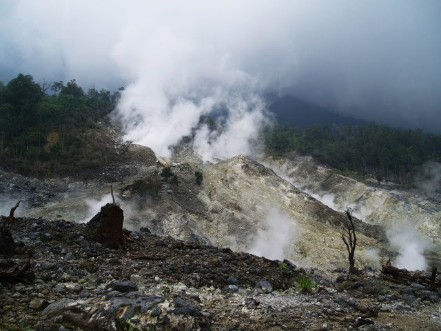 KAWAH RATU