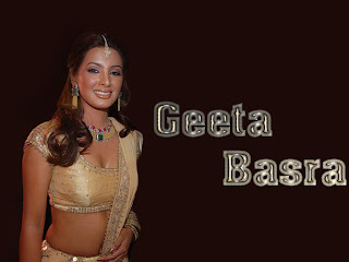 Geeta Basra in Saree