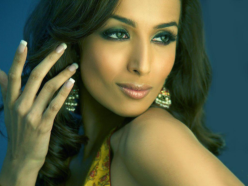 Malaika Arora - Wallpaper Actress
