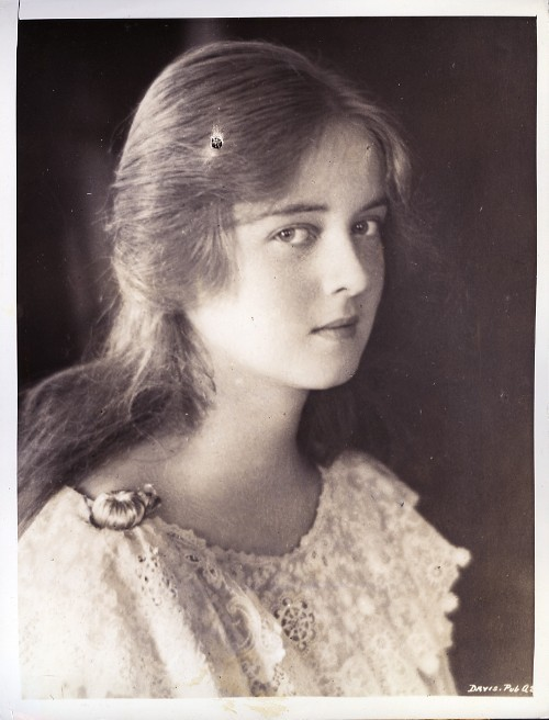 The Gallery For Gt Bette Davis Daughter Margot