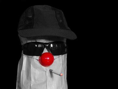 http://4.bp.blogspot.com/_RZo-S2sh6MI/SS8zCBXCaDI/AAAAAAAAAJU/YtdHYjO2hUM/s400/anonimo+%C3%A9+um+babaca.jpg