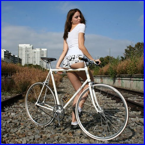 Ljepotice i bicikli Bike-Beauty-3874