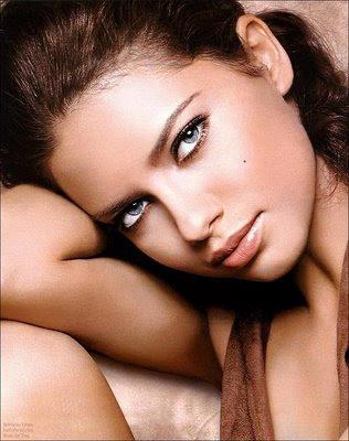 Adriana Francesca Lima sexy gallery