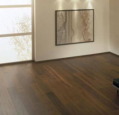 Lantai Kayu on Terhadap Lantai Yang Terbuat Dari Kayu Berbeda Dengan Lantai
