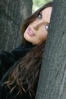 http://4.bp.blogspot.com/_Rc6oL4yEO2w/SRPD0QRNgMI/AAAAAAAACko/6zmWZZPQas0/s320/suzana5.jpg