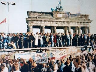 Berlin Wall, 9 November 1989