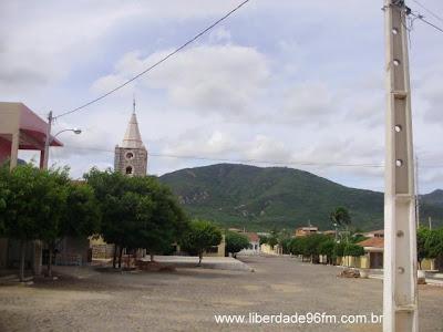 http://4.bp.blogspot.com/_RdEeR2ubf-w/TUbGAz4MWjI/AAAAAAAAJ1w/DvMhJk4Jw2o/s1600/Lagoa_cidade.jpg