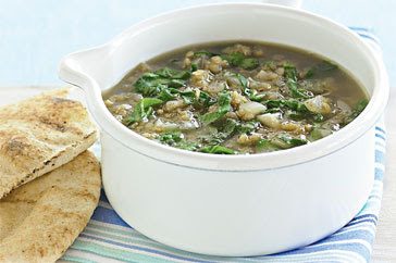 Middle Eastern-style lentil & spinach soup recipe