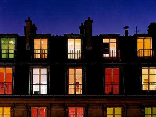 Il prof modugno gli alunni le finestre colorate di francesco macchia ib - Finestre condominiali aperte o chiuse ...