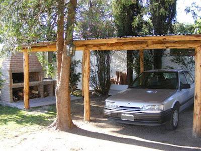 cochera techada para auto con luz electrica asador parrilla completo