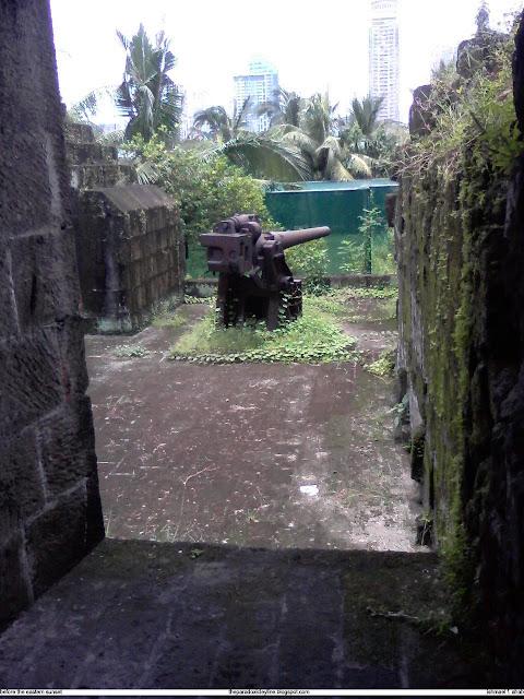 Big cannon in Intramuros
